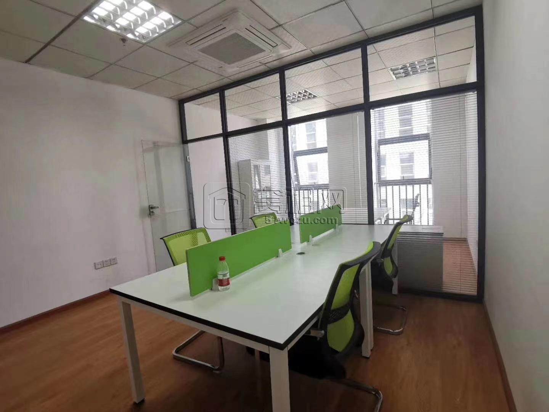 宁波合和国际南楼出租55平米办公室带1个隔间