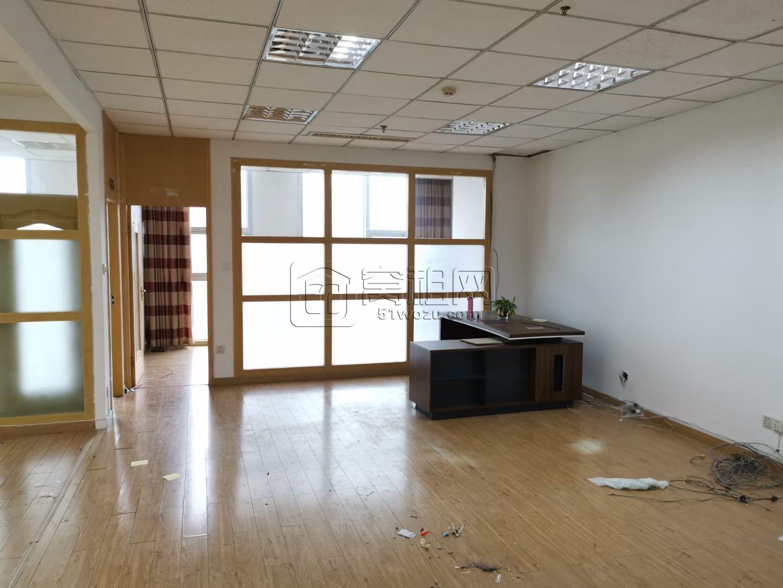 东部新城附近新天地商务楼1号楼142.6平米出租