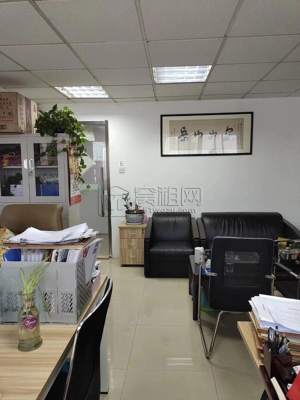 海曙大厦52平米小面积办公室出租2800元/月