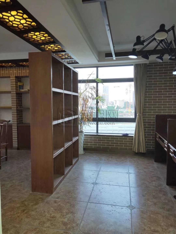 地铁4号线矮柳站出口东方商务中心100平米带2隔间