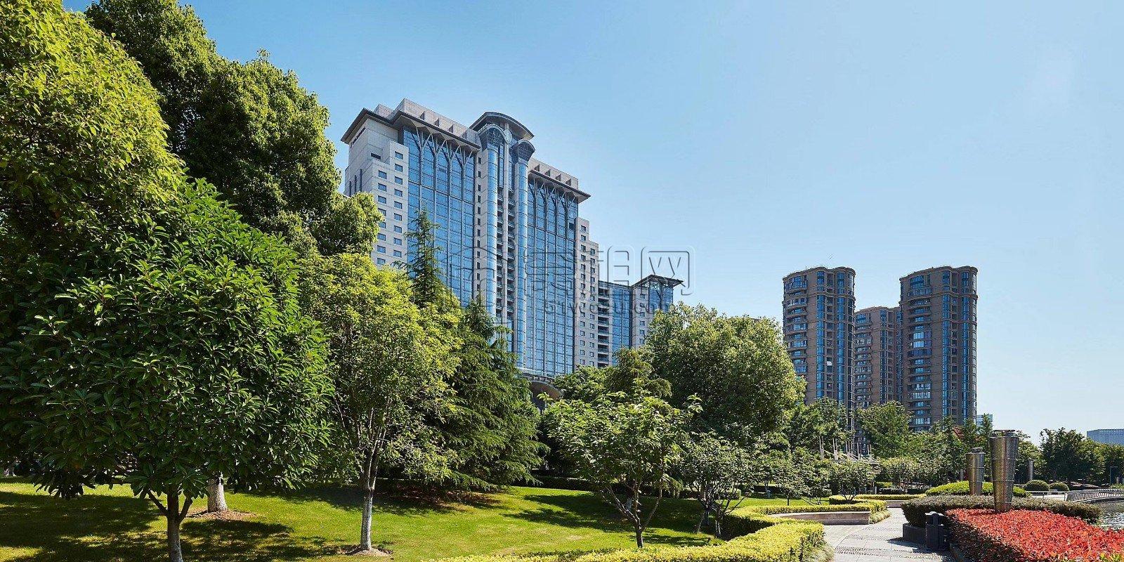 高新区新晖路777号洲际酒店88平米办公室出租