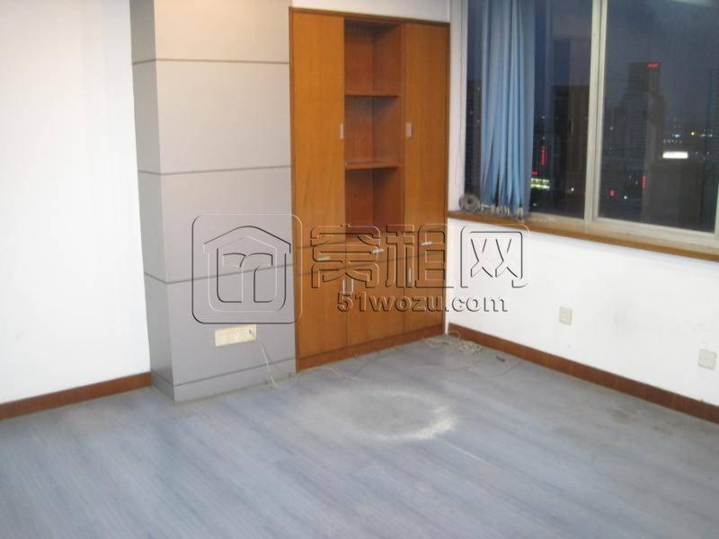 药行街31号灵桥广场110平米办公室出租