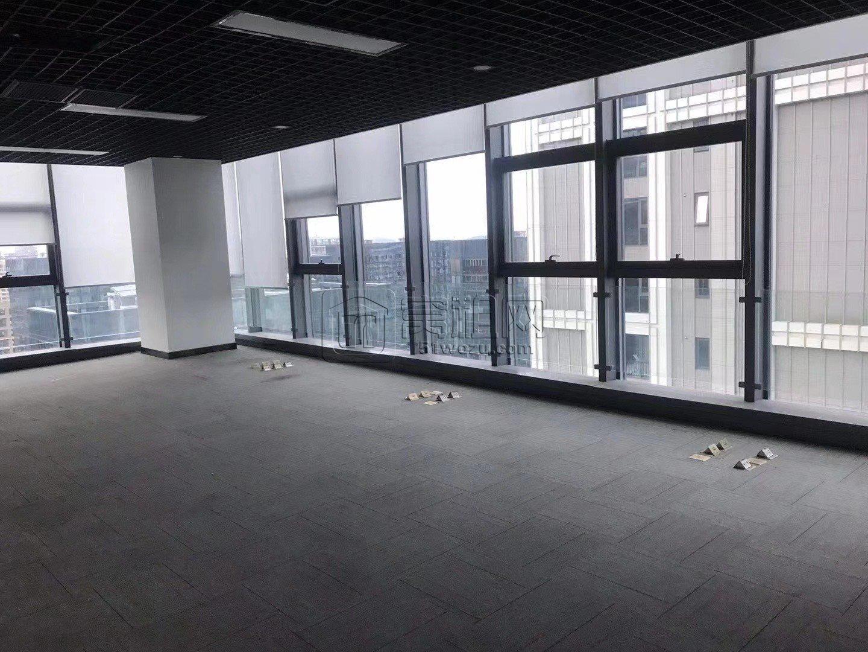 东部新城诺富特酒店800平米办公室出租