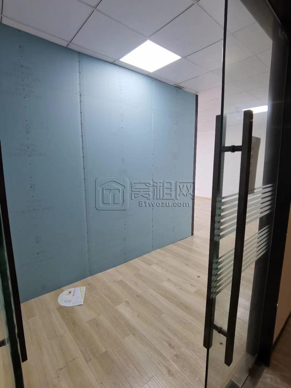 梦创金谷155平出租5200元/月