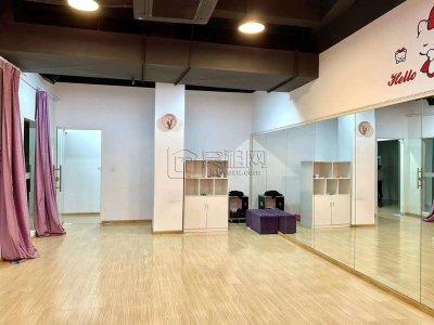 万达附近四明城市广场出租277平层高4.5米