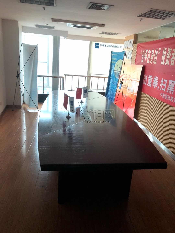 老银泰楼上华联大厦写字楼朝江风景好330平米办