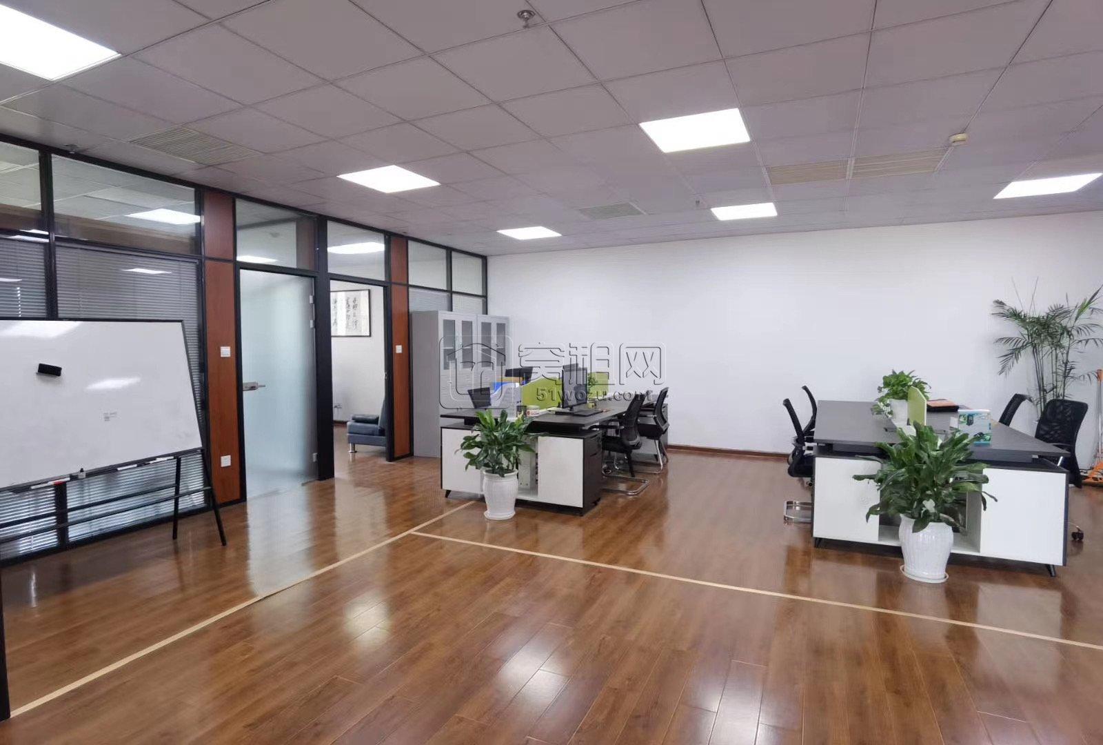 研发园B区写字楼精装修办公室出租12800元每月