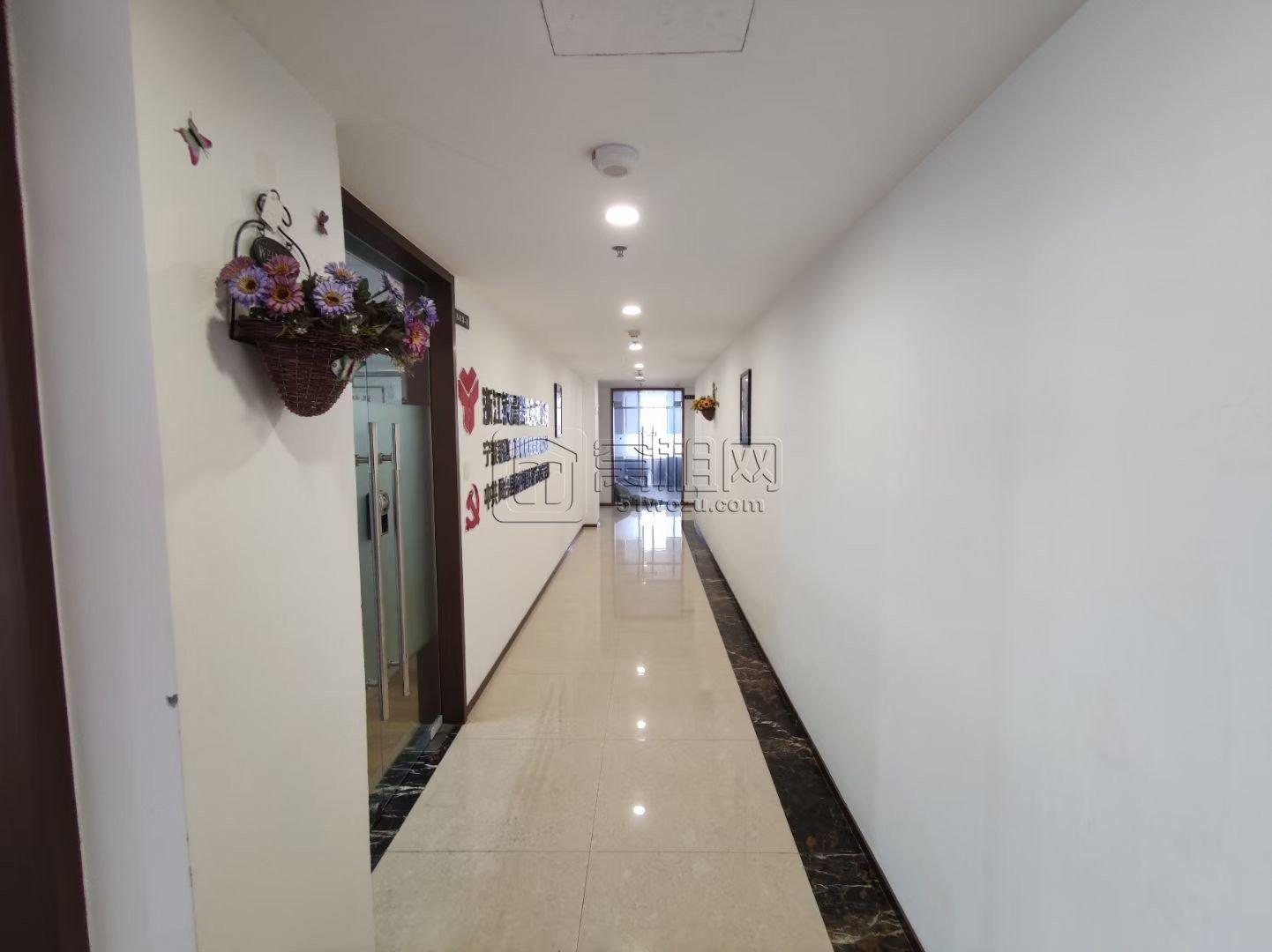 招租高新区迪信通大厦2号楼 空出143.6平