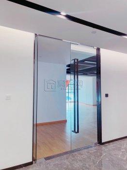 电梯口朝东写字楼汇鼎大厦出租315平米