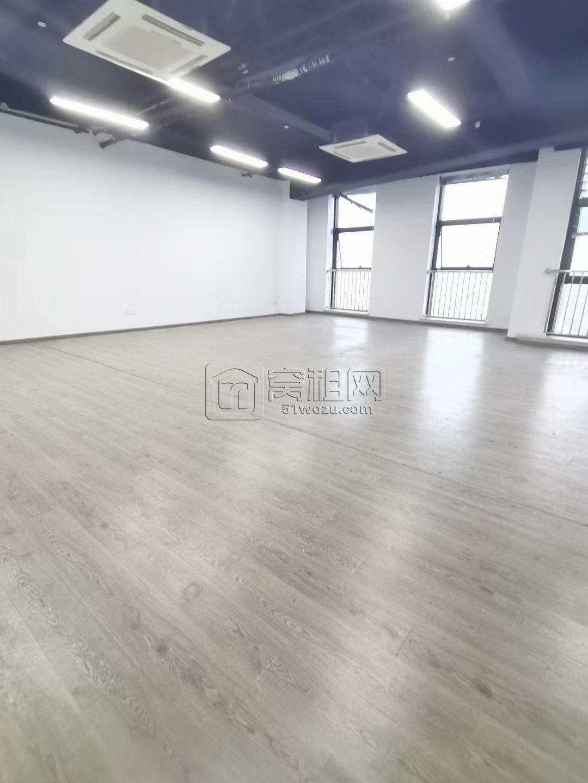 清华科创园2号楼134平米出租