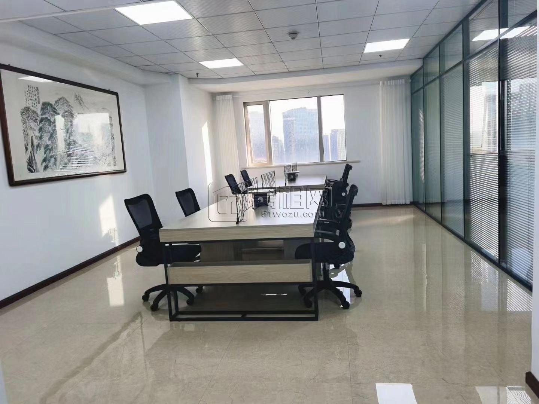 科贸在线对面洲际酒店商务办公室出租180平米精