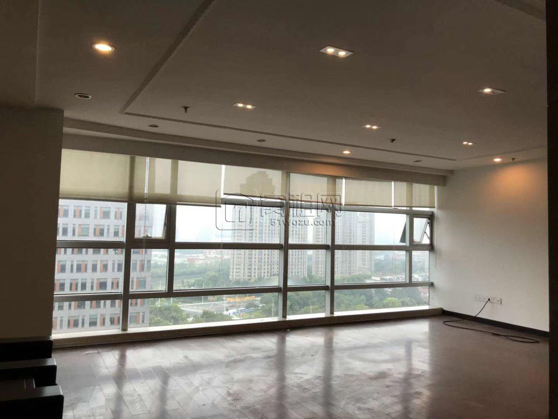 科贸中心西楼80平米办公室出租