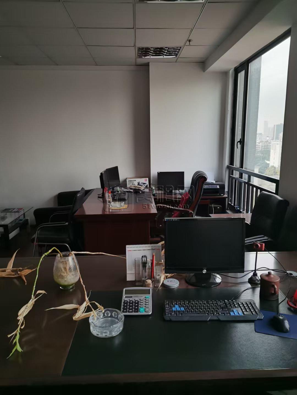 宁波百丈路向阳渔港上东国际大厦9楼办公室出租