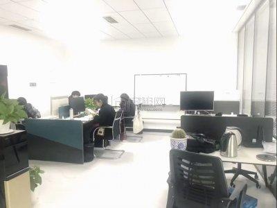 东部•国贸云顶高区朝南170平出租月租金12900元