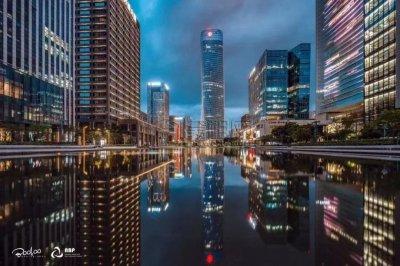 宁波东部新城中银大厦331平米精装修无家具办公