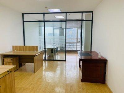 新洲银座17楼76平小面积全亮间报分公司租赁