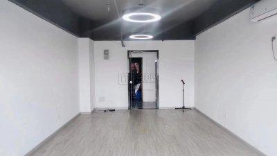 鄞州嘉汇国贸对面彩虹大厦60平米出租