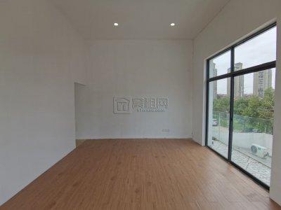 十方文青社70平米出租租金:75000/年含税