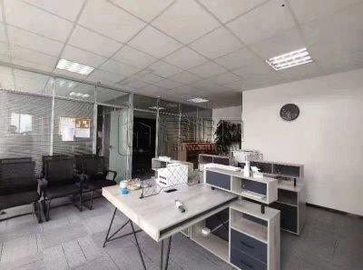 南部商务区2期金盛中心大厦出租108平米办公室