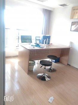 海曙区政府对面新金穗大厦58平米带办公家具出租