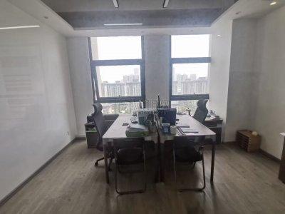 东部新城附近东轩大厦400平米精装修朝东办公室