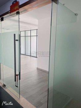 南部商务区鸿安大厦108平米办公室出租