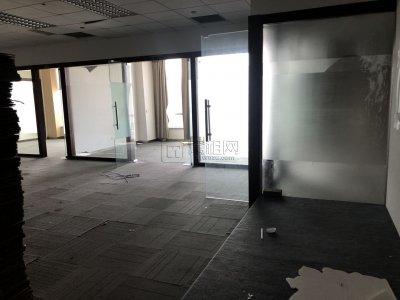 中国人寿大厦17楼办公室出租327平米