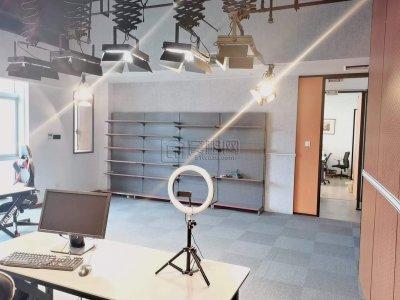 东部新城环合中心一间办公室出租68平米