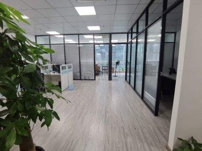 南部商务区侨商大厦出租150平办公室3个隔间朝南