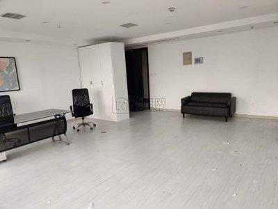 上东国际3号楼64平米出租精装修2600一个月