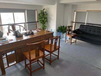 世贸中心大厦85平米复式办公室出租