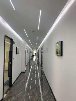 集士港恒宇创业园3楼160平米办公室出租1元/平米