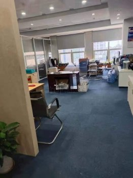 汇金大厦450平米精装修办公室出租