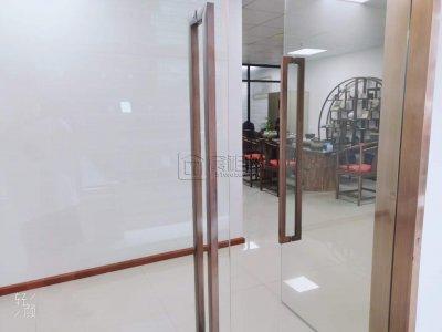 无忧-美豪大厦131平米出租精装修带2隔间