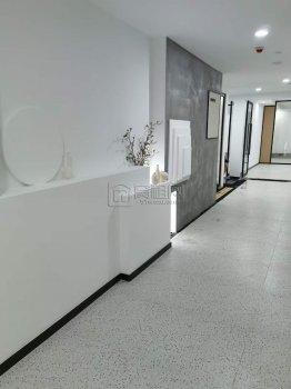 海曙中银大厦 精装95平带两隔间独立空调