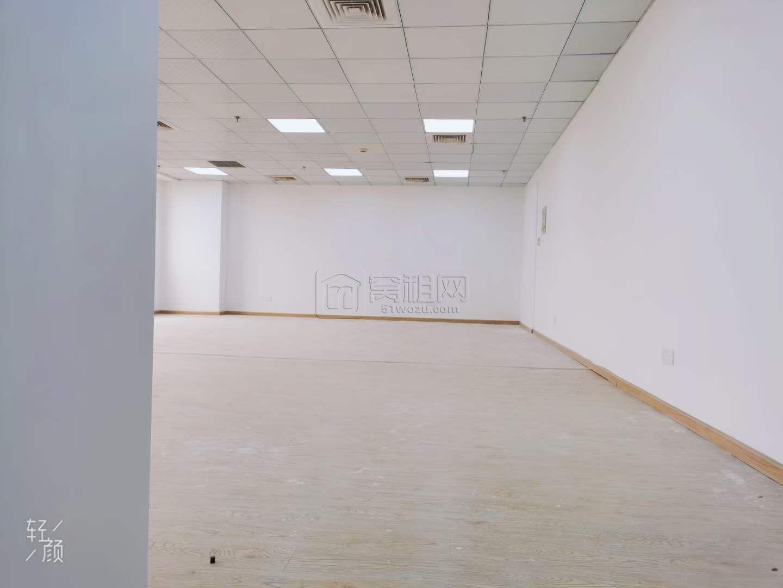上东国际大厦全新装修可定制隔间128平米出租